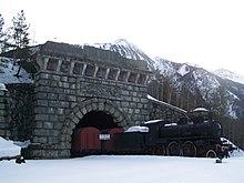 L'ancienne entrée monumentale du tunnel ferroviaire du Fréjus