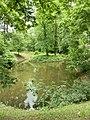 Anglický park v okolí kaštiela - panoramio.jpg