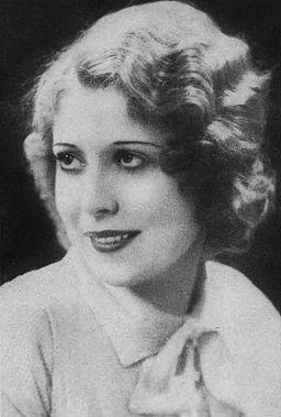 Annette Hanshaw Portrait