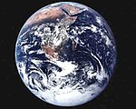 Apollo 17 Full Earth photo.jpg
