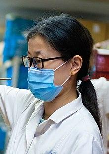 Маска для профилактики инфекций