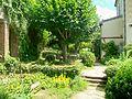 Auvers-sur-Oise (95), maison du Dr Gachet, partie du jardin derrière la maison.jpg