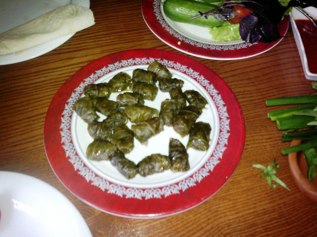 File:Azerbaijani national dolma made from leaves of Hornbeam.jpg ...