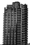 Barbican Estate Tower 2007.jpg