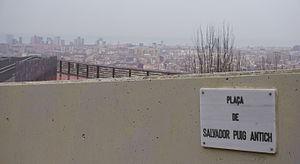 Plaza Salvador Puig Antic inaugurada en Barcelona en marzo de 2016
