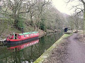 Barge on the Rochdale Canal, Sowerby Bridge - geograph.org.uk - 1169800.jpg