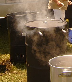 Barrel barbecue - Image: Barrel barbecue