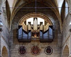 Basilika Seckau, Walcker-Orgel und Pranckher Totenschilde (Westwand) 1.jpg