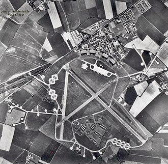 RAF Bassingbourn - 1955 Aerial photograph of Royal Air Force Station Bassingbourn