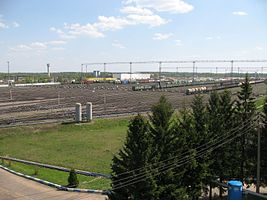 Bekasovo-Sortirovochnoe classification yard (park C beginning).JPG