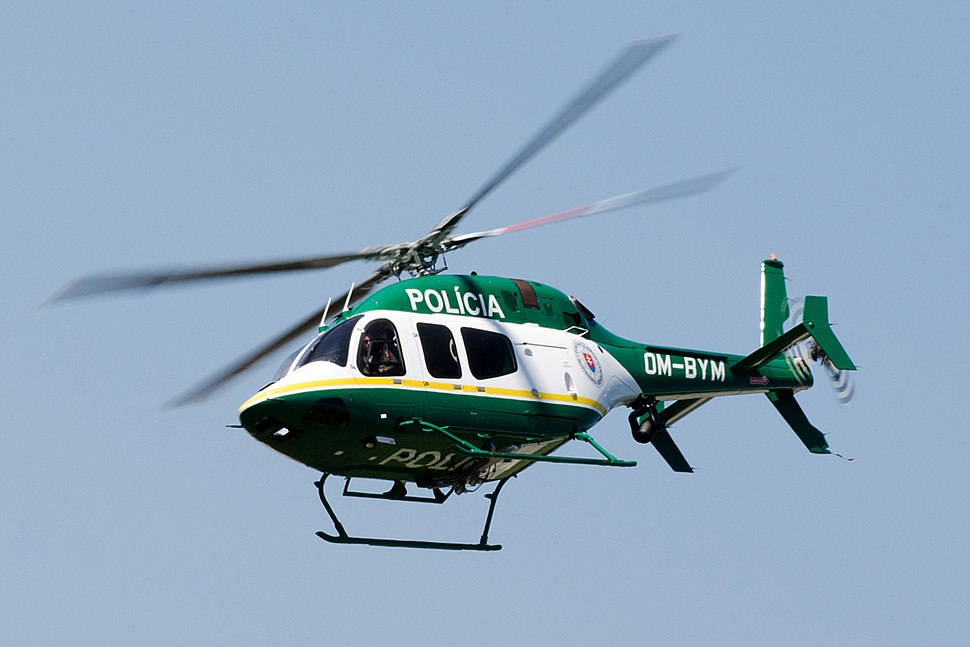 Bell 429 Slovak police (cropped)