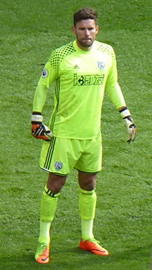 de962354e4e Ben Foster (footballer) - Foster playing for West Bromwich Albion in 2017
