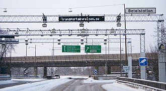 A control point for the congestion charge leading up to Essingeleden. Betalstation 2010.jpg