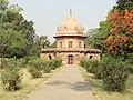 Bibi Tamolan's tomb at Khuso Bagh.jpg