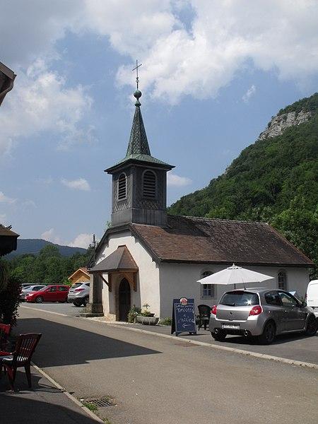 Chapelle dans le village de Bief, Doubs, France
