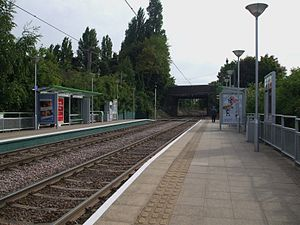 Blackhorse Lane tram stop - Image: Blackhorse Lane tramstop look south