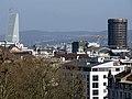 Blick von St. Margarethen auf Basel, links der Roche-Turm.jpg