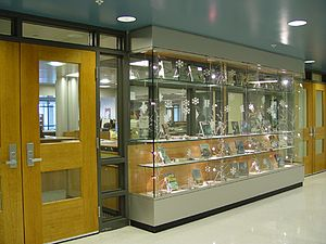Blue Valley High School - Image: Blue Valley High School library