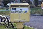 Boîte lettres Poste place Mairie St Cyr Menthon 1.jpg