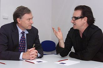Horst Köhler - Köhler as head of the IMF, discussing debt relief for developing countries with the musician Bono