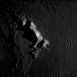 布特山 (月球山脉)