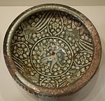 Bowl with hare and phoenixes, Sultanabad ware, Iran, Ilkhanid period, first half of 14th century, earthenware with gray englobe and underglaze painting - Cincinnati Art Museum - DSC04047.JPG