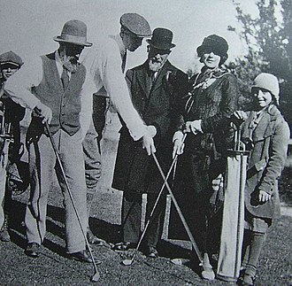 Constantin Brâncuși - Brâncuși (left) with Henri-Pierre Roché, Erik Satie and Jeanne Robert Foster playing golf in 1923
