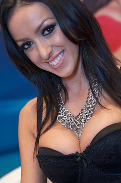 Breanne Benson at AVN Adult Entertainment Expo 2012 1.jpg