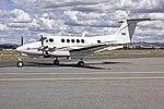 Brescon (VH-WXN) Beech Super King Air B200C taxiing at Wagga Wagga Airport.jpg