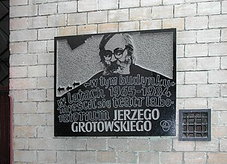 Jerzy Grotowski - A commemorative plaque devoted to Grotowski in Wrocław