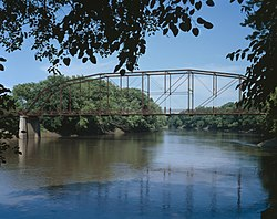 Bridgeport Bridge, Spanning Skunk River, Denmark vicinity (Lee County, Iowa).jpg