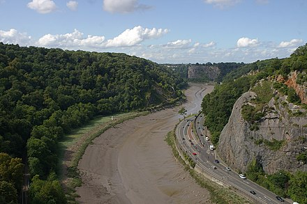 The Avon Gorge, the historic boundary between Gloucestershire and Somerset, and also Mercia and Wessex; Somerset is to the left Bristol MMB <<D0 Avon Gorge.jpg