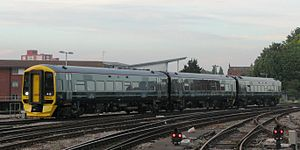 Bristol Temple Meads - GWR 158956 arriving from Bristol Parkway.JPG