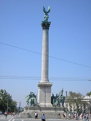Hősök tere - Image: Budapest Millennium monument