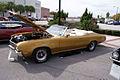 Buick GS 1971 Convertible LSideFront LakeMirrorClassic 17Oct09 (14620595203).jpg