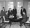 Bundesarchiv B 145 Bild-F011570-0004, Bonn, AA, Luftverkehrsvertrag mit Marokko.jpg
