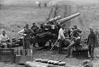 Second Battle of Kharkov - German 15 cm sFH 18 howitzer with crew in 1942 on the Eastern Front.