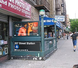 BwyWalk0505 Station207thBroadwayA.jpg