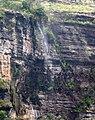 Cachoeira na trilha para a Janela do Céu.jpg