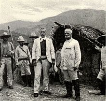 Calixto García and William Ludlow in Cuba, 1898.jpg