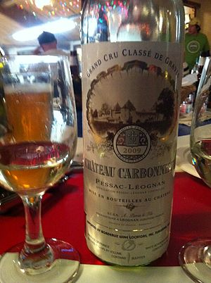 Graves (wine region) - A white Pessac-Leognan wine from the classified estate Château Carbonnieux.