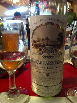 Classification of Graves wine - A white Pessac-Leognan wine from the classified estate Château Carbonnieux.