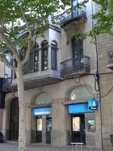 Fitxer casa god rambla general vives 4 igualada for Catalunya banc oficinas