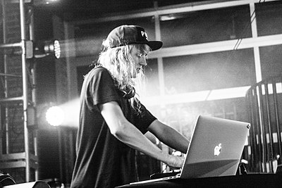 Picture of a band or musician: Cashmere Cat