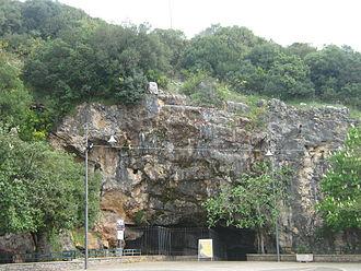 Castelcivita - Image: Castelcivita (Caves 1)
