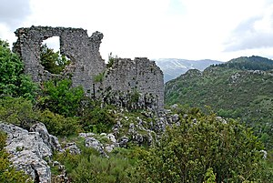 Andon, Alpes-Maritimes - The ramparts of Castellaras de Thorenc