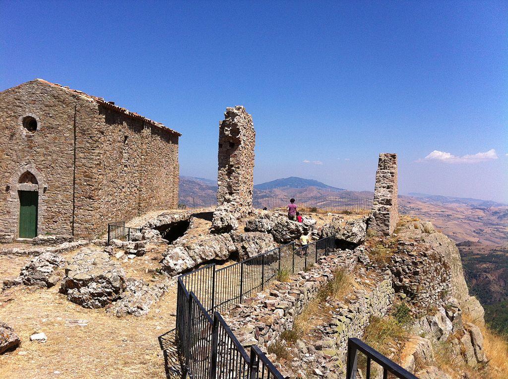 Castello di Geraci Siculo