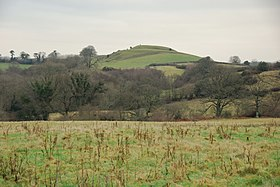 Castle Hill from the lane to West Chelborough.jpg