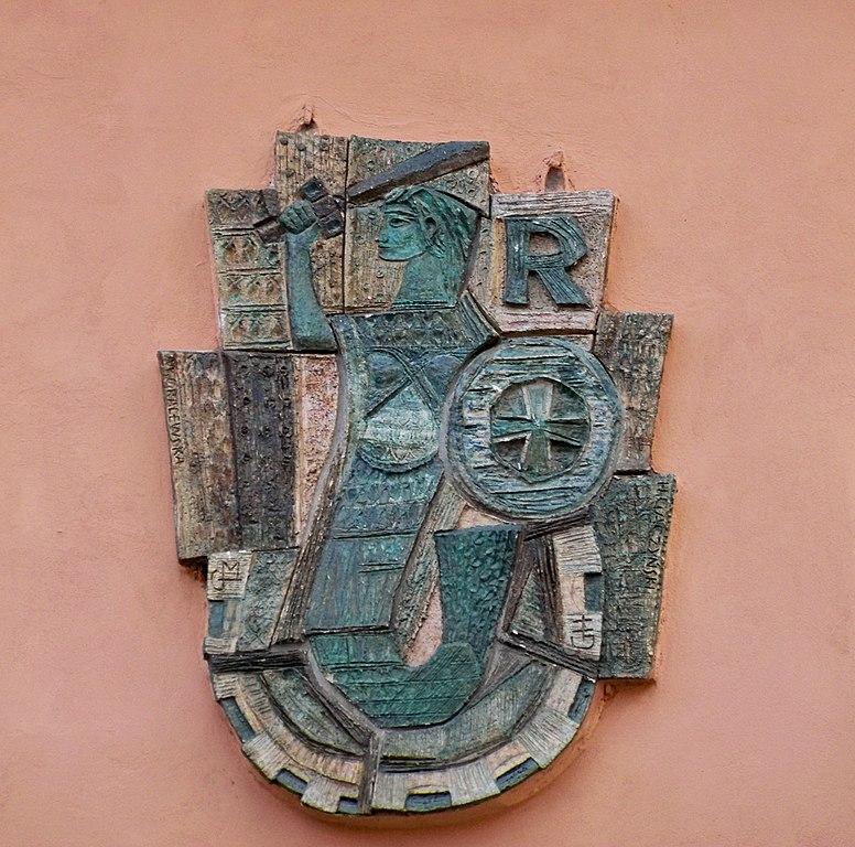 Sirène un peu égyptienne en céramique
