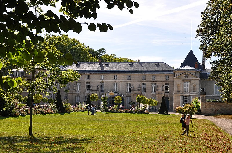 File:Château de Malmaison à Rueil-Malmaison 003.jpg